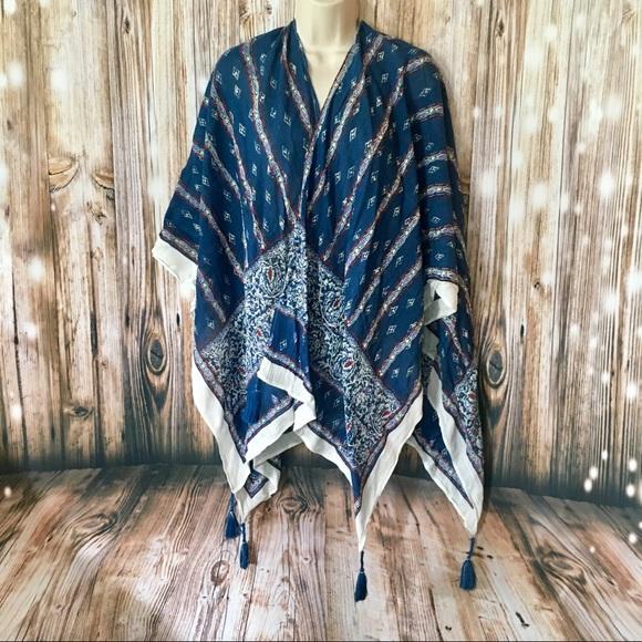 9a45d8124b   Vince Camuto   Navy Blue Coverup Kimono Shawl